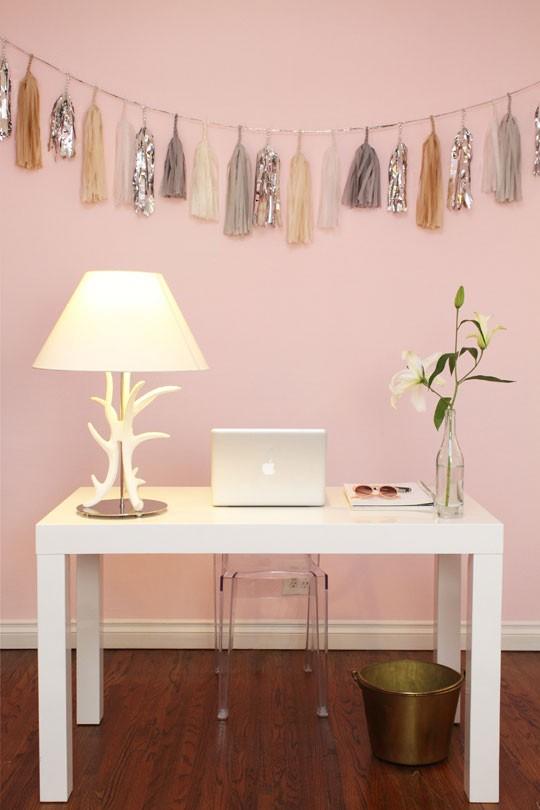 A Desk Nook For Mom