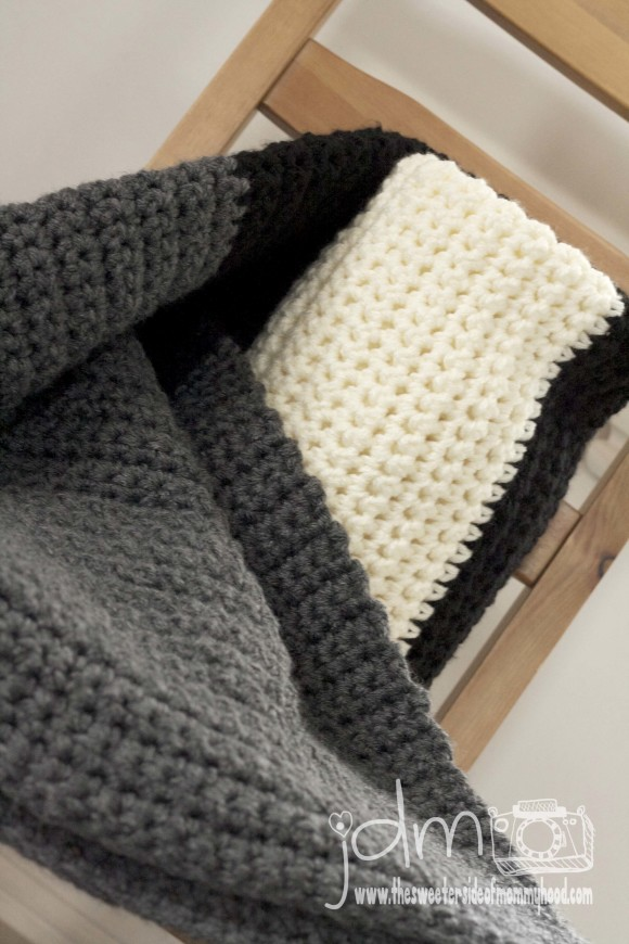 Large Chunky Crochet Blanket For Beginners