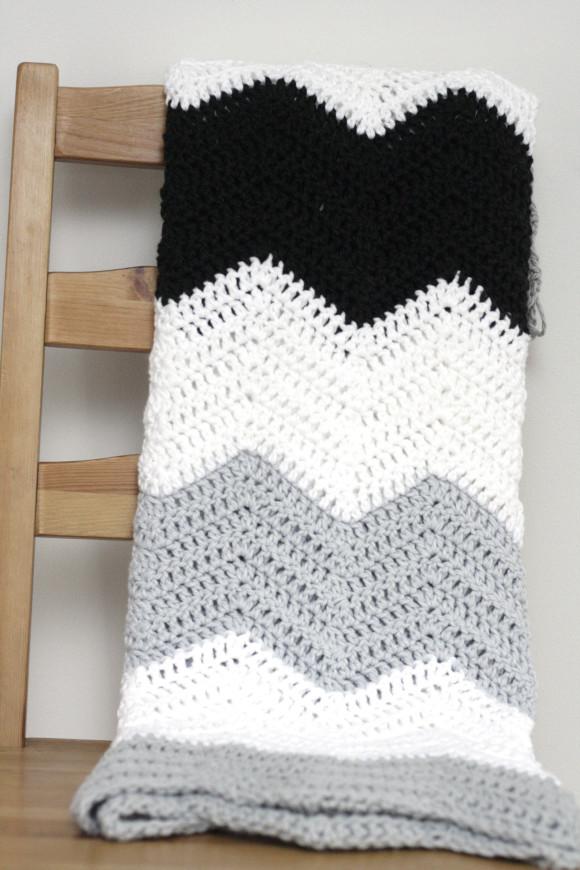 Crochet Chevron Pattern : Crochet Chevron Pattern Crochet colorblock chevron