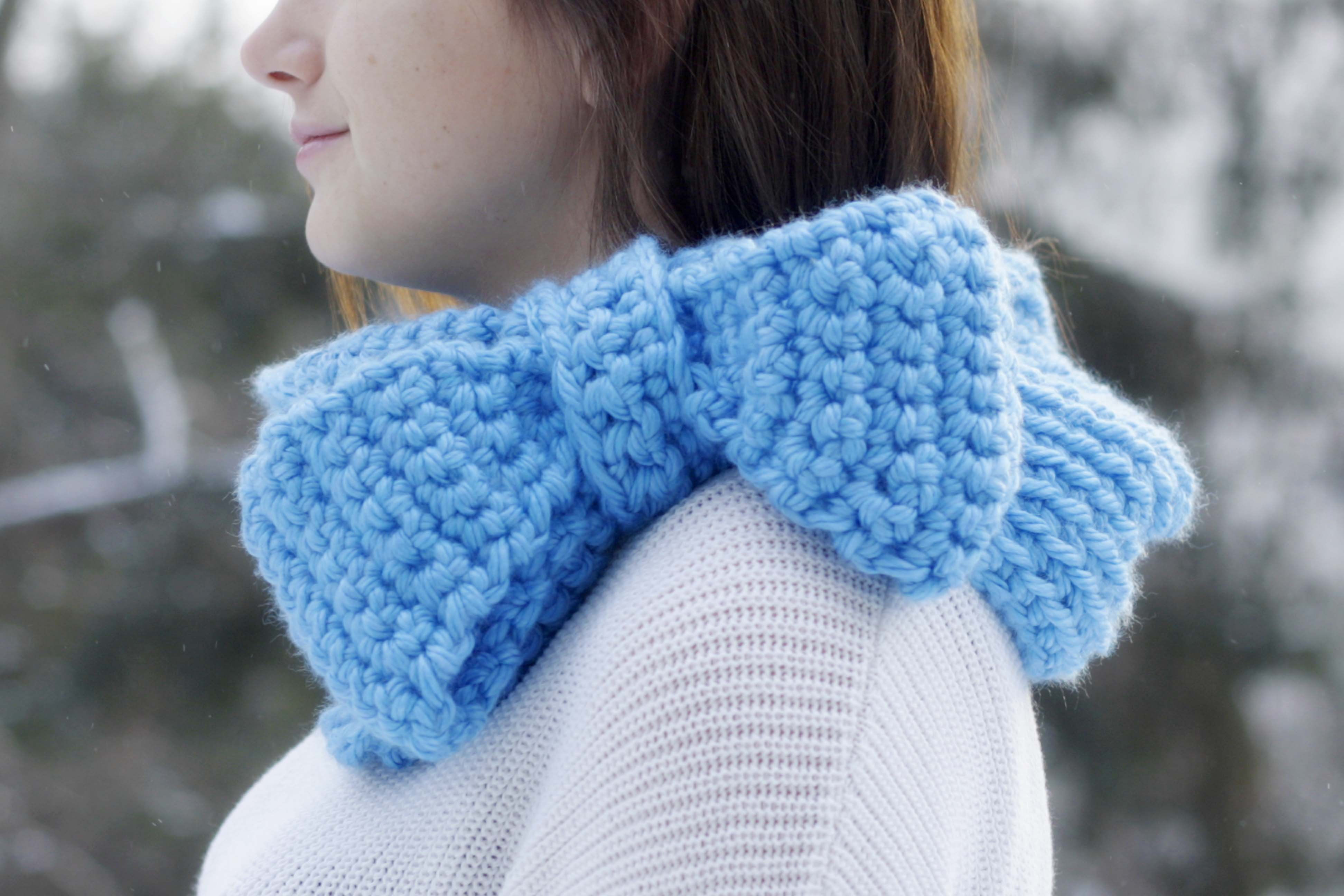 Chunky Big Bow Cowl Pattern Now Available!