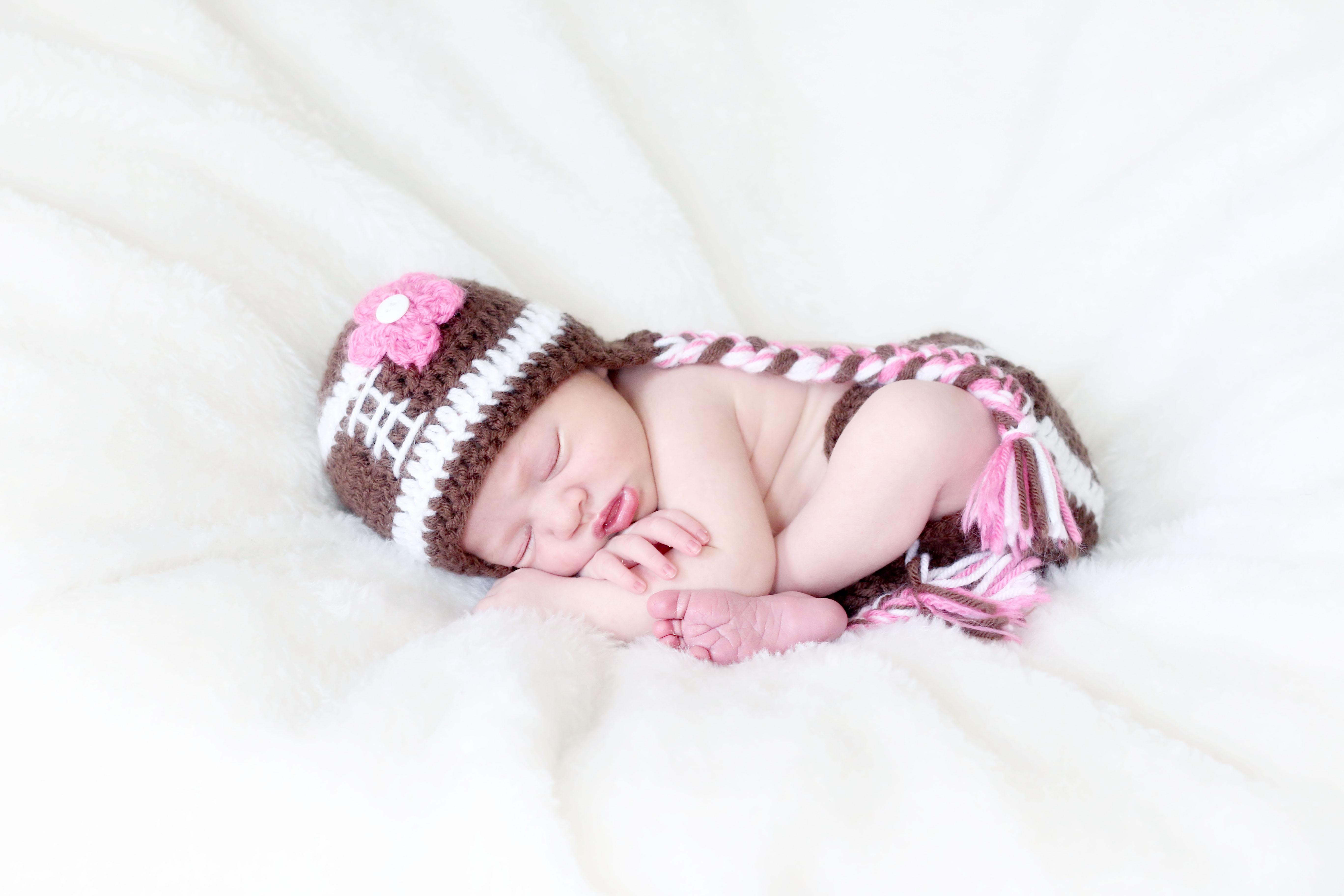 Newborn Madison :: Pittsburgh Newborn Photographer