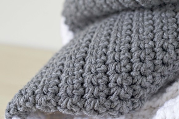 Alfa img - Showing > Big Chunky Crochet Blanket