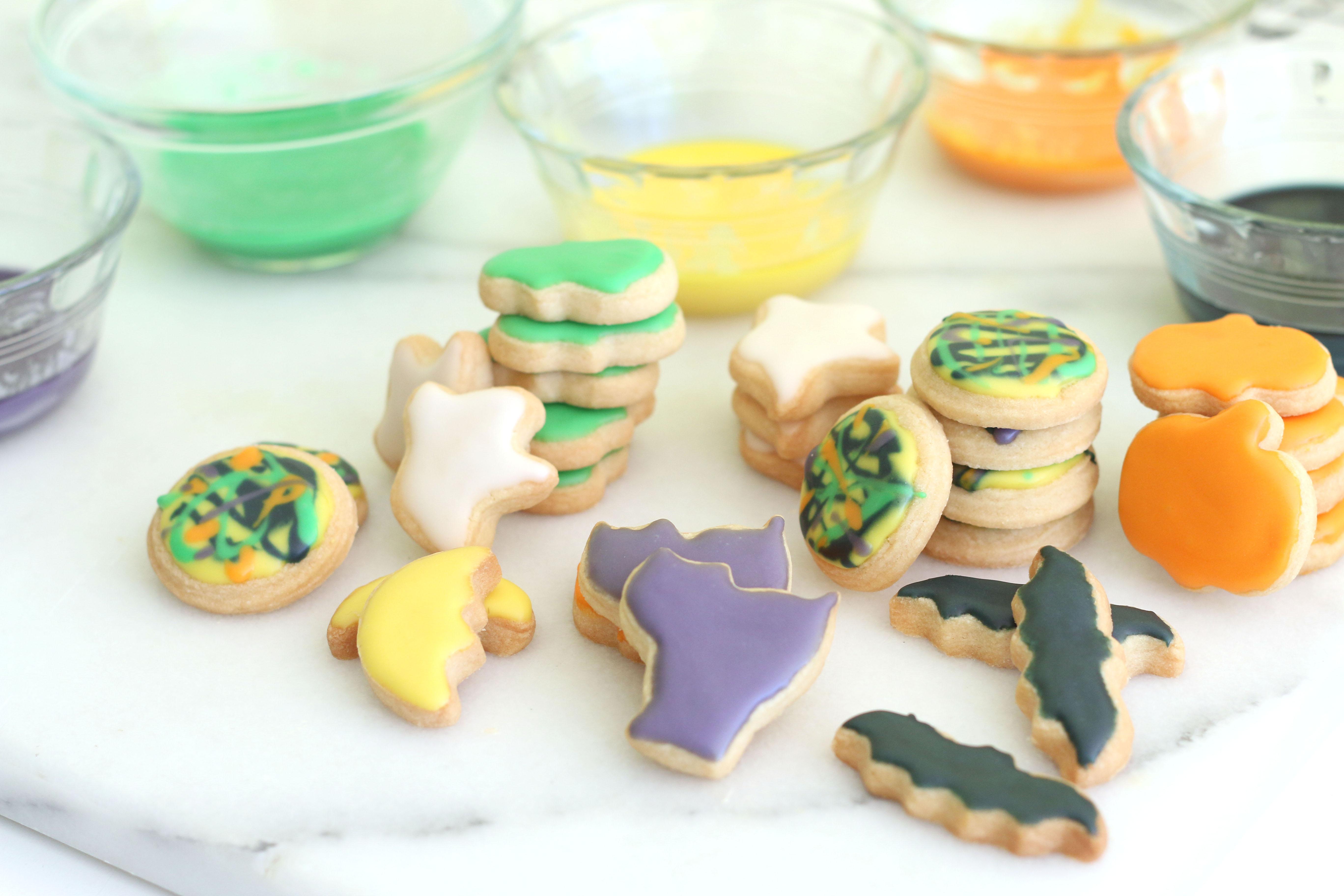 Mini Halloween Shortbread Cookies