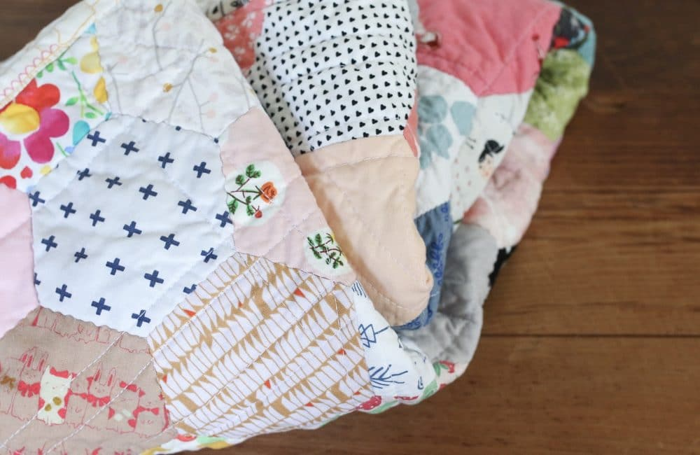 Olive Ray's Finished Hexagon Baby Quilt : hexagon baby quilt - Adamdwight.com
