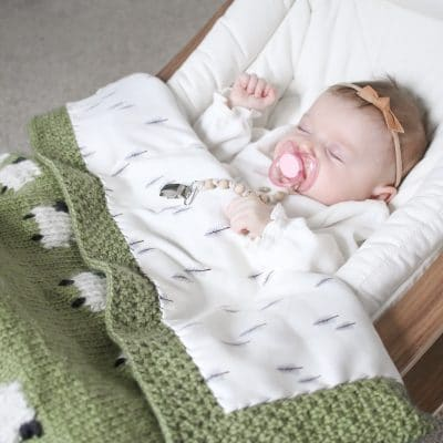 Project Files: Fabric Backed Knit Sheep Baby Blanket