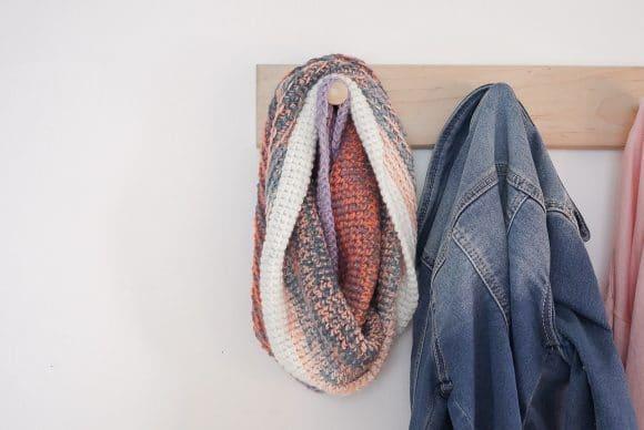 One Skein Mandala Cowl : Free Crochet Pattern