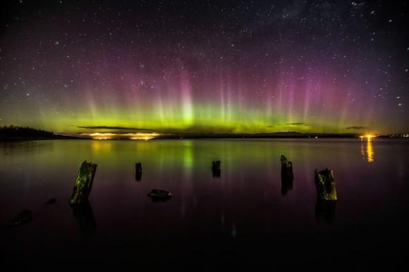 aurora-borealis-from-october-september-2012-australis_60471_600x450
