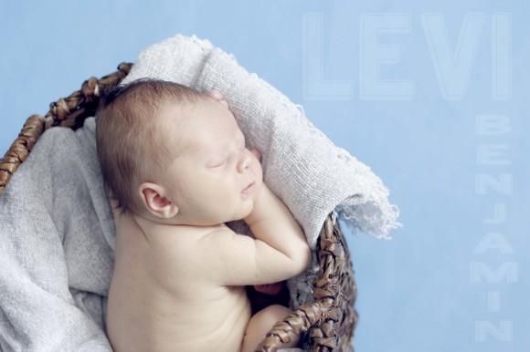 Newborn Levi Blog006