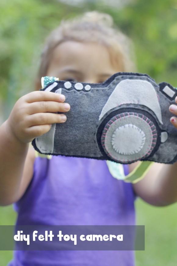 toy camera009