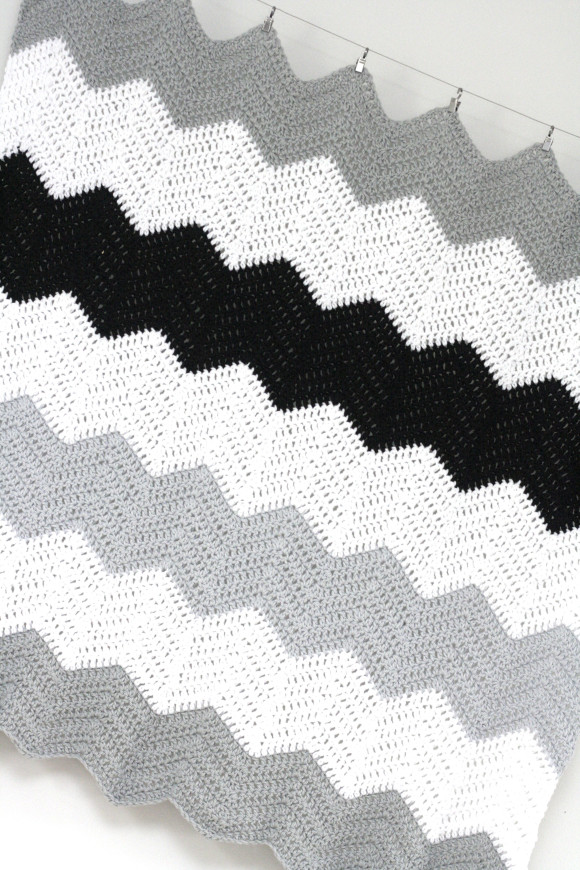 crochet colorblock chevron blanket001