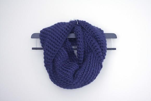 Chunky Crochet Infinity Scarf002