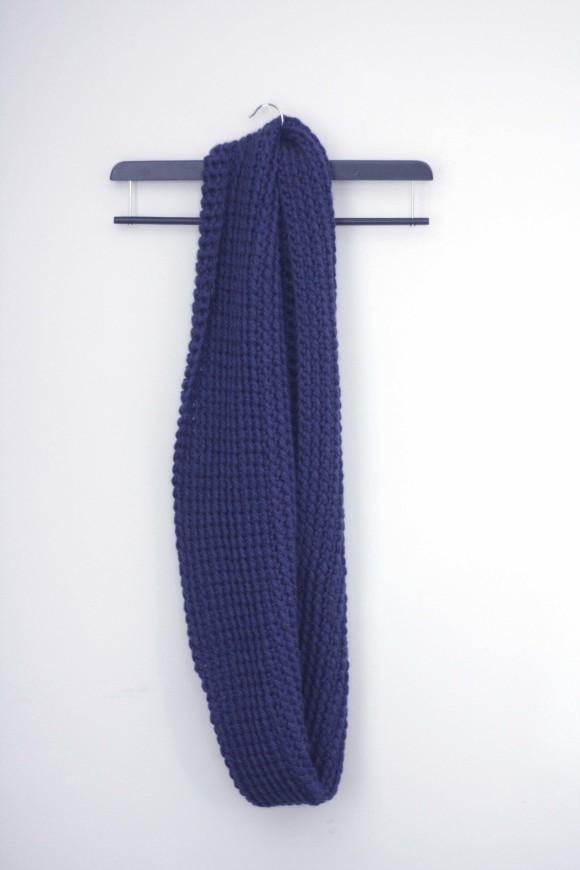Chunky Crochet Infinity Scarf003
