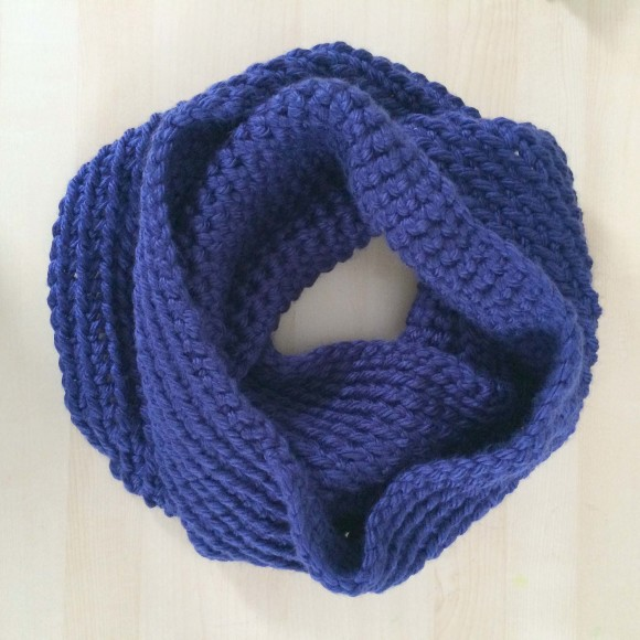 Chunky Crochet Infinity Scarf006