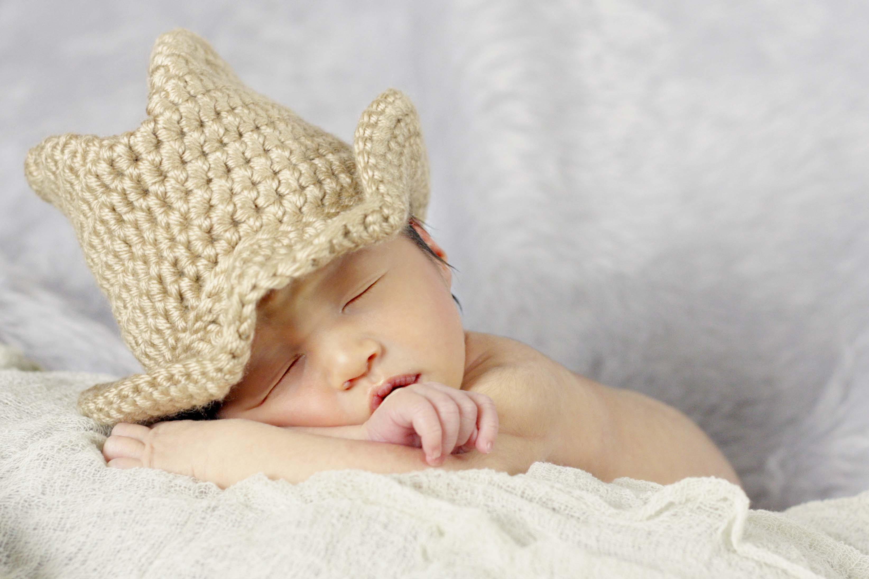 Welcome to the World, Jaxson! :: Pittsburgh Newborn Photographer