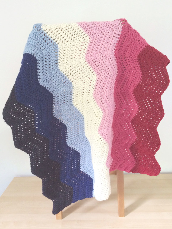 crochet chevron blanket pink and blue006
