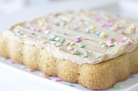 Ultimate Vanilla Cake04
