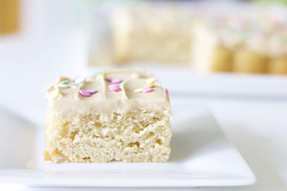 Ultimate Vanilla Cake06