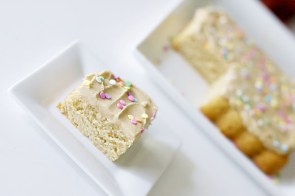Ultimate Vanilla Cake08
