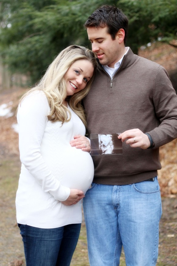Heather and Kevin Baby Bump PREVIEW2