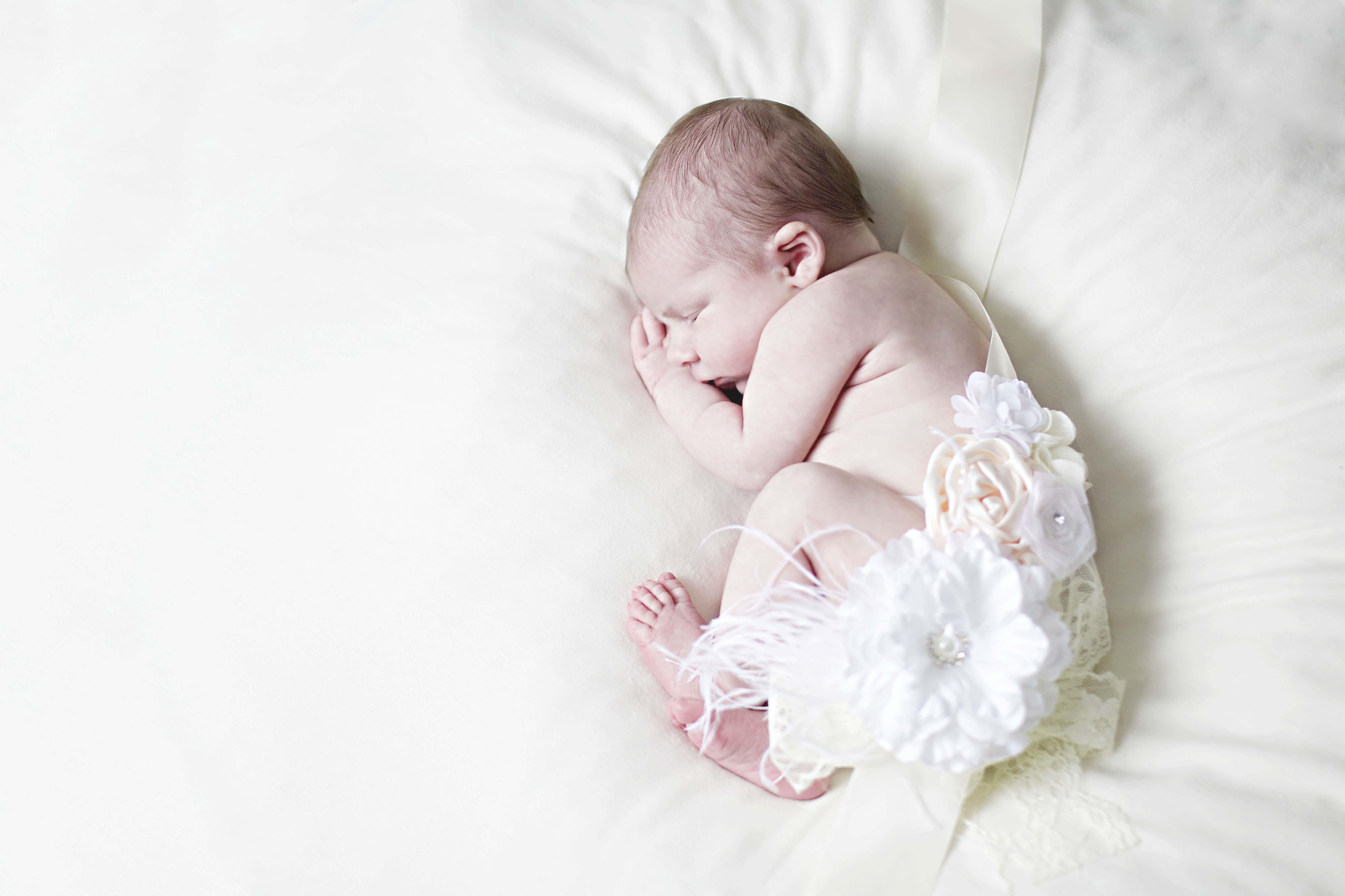 Newborn Olivia : Pittsburgh Newborn Photographer