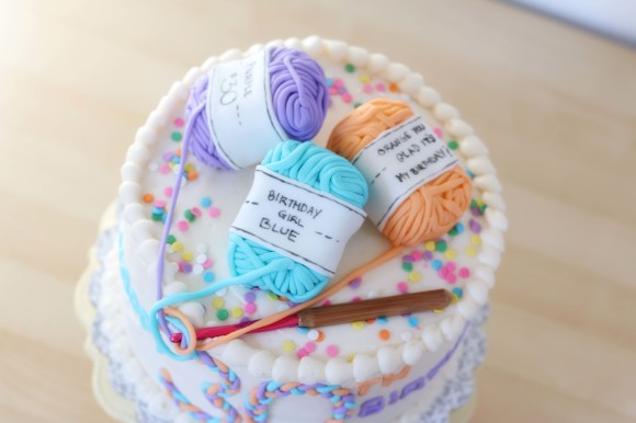 tips and tricks for decorating awesome cakes8