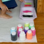 Easy Crafts For Kids – Finger painting on the Floor