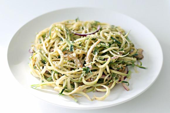 Zucchini-Peanut-Noodles-Recipe-4