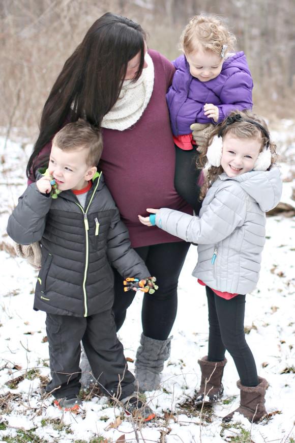 cute-kelly-maternity-family
