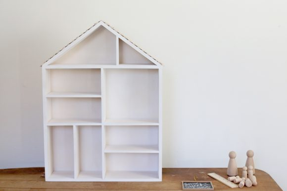 diy-dollhouse-blank-canvas