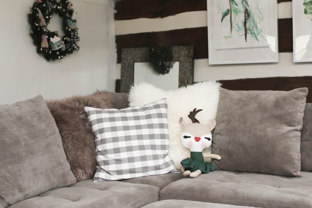 Come See How I Ve Partnered With Ikea To Make Our Log Cabin Living Room Cozier Than Ever These Skold And Smanate Throw Pillows
