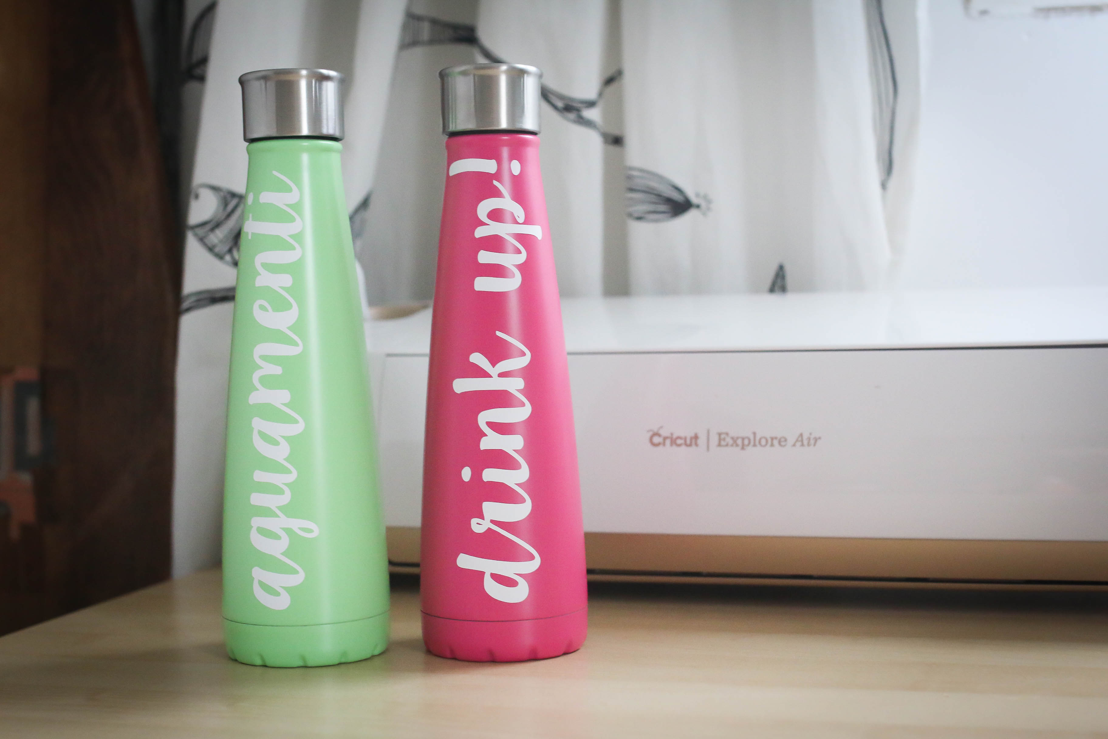 img_1511cricut-vinyl-waterbottle-diy