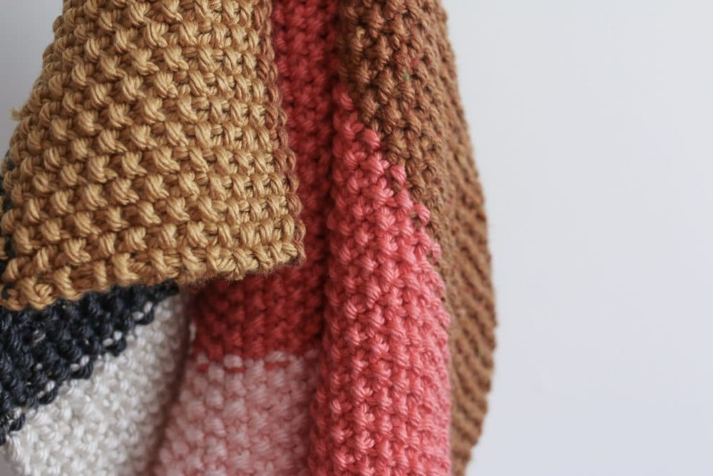 Quick And Easy Fall Seed Stitch Knit Throw Or Baby Blanket