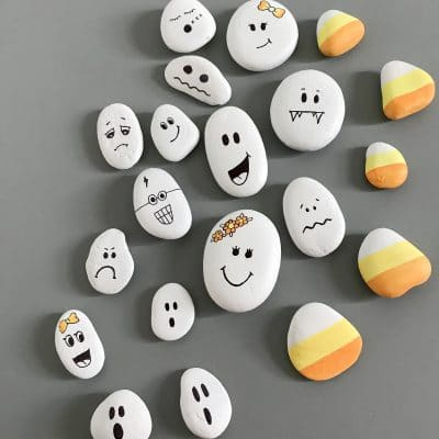 DIY Painted Ghost Rocks for Halloween – Easy Crafts For Kids