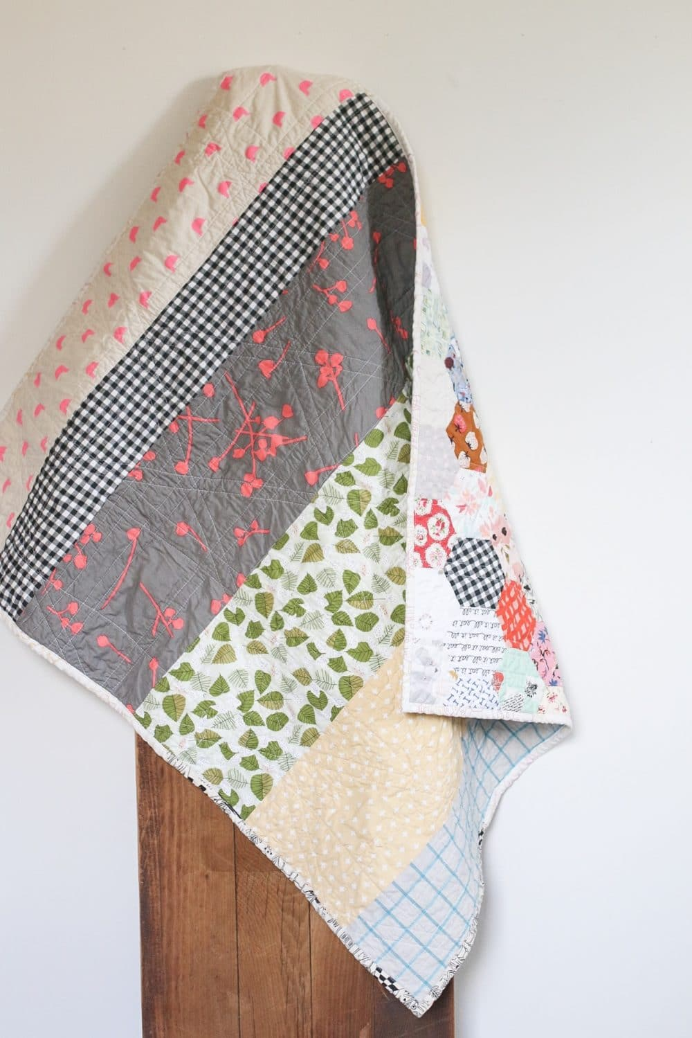 Hexagon quilt - epp at its finest. This quilt is so beautiful