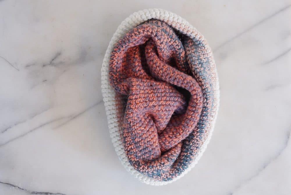 Crochet cowl pattern one skein mandala